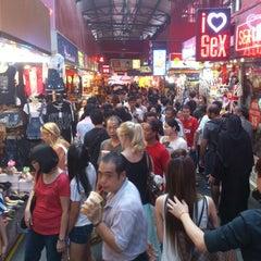 Photo taken at Bugis Street by Harold d. on 8/9/2012