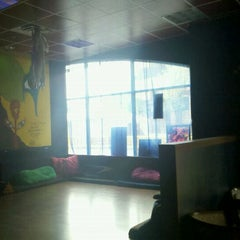 Photo taken at Blue Midnight Hookah Lounge by Ryan M. on 8/14/2011