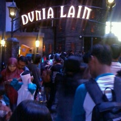 Photo taken at Dunia Lain by mei l. on 3/10/2012