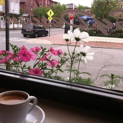 Photo taken at Coffee By Design by Jon D. on 5/26/2012
