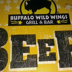Photo taken at Buffalo Wild Wings by Kenisha P. on 11/30/2011