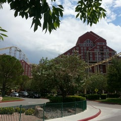 Photo taken at The Desperado Roller Coaster by Janet on 8/18/2012