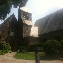 Photo taken at Union Church of Pocantico Hills by Roxy N. on 8/17/2012