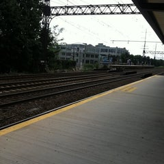 Photo taken at Metro North - East Norwalk Train Station by Rhonda L. on 8/15/2011