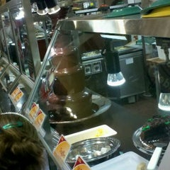 Photo taken at Golden Corral by Dennis H. on 11/5/2011