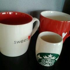 Photo taken at Starbucks (สตาร์บัคส์) by Bandit C. on 1/20/2012