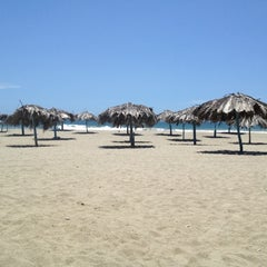 Photo taken at Playa Pelúa by Harrington R. on 6/5/2012