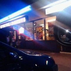 Photo taken at Yum Yum Donuts by Daywalker on 6/29/2012