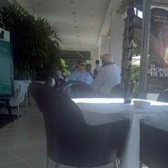 Photo taken at Marietta Café by Georgios K. on 5/18/2012