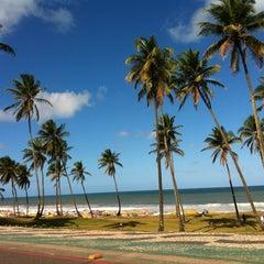 Photo taken at Praia de Itapuã by Ana S. on 8/26/2012