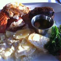 Photo taken at Forbes Mill Steakhouse by tiffa l. on 7/22/2011