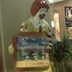 Photo taken at McDonald's by Razis R. on 9/2/2011
