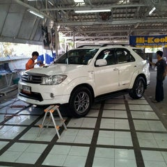 Photo taken at Master Clean Car Care by Chanyut ร. on 12/29/2011