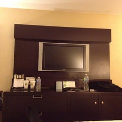 Photo taken at The Westin Tysons Corner by Chafman on 2/28/2012