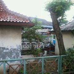 Photo taken at Terminal Kampung Rambutan by bambang s. on 2/24/2012