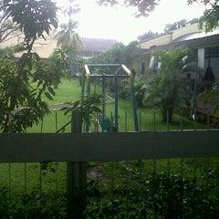 Photo taken at TK/SD/SMP Permata Bunda (Tirtamarta-BPK Penabur) by Henry B. on 4/19/2012