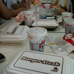 Photo taken at Jollibee by Abby K. on 3/21/2012