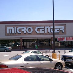 Photo taken at Micro Center by Chip M. on 5/7/2011