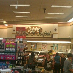 Photo taken at Ralphs by Felix G. on 1/2/2012