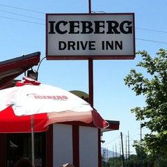 Photo taken at Iceberg Drive Inn by Bethany on 7/23/2011