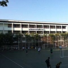 Photo taken at โรงเรียนทวีธาภิเศก (Taweethapisek School) by Napat N. on 2/10/2012