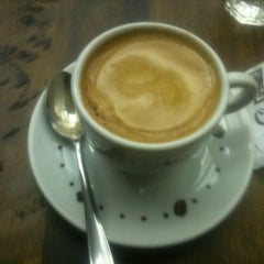 Photo taken at Z Café by Mateus B. on 1/25/2012