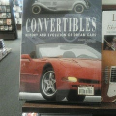 Photo taken at Barnes & Noble by Frank M. on 5/21/2012