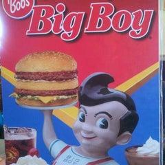 Photo taken at Bob's Big Boy Restaurant by Donnie A. on 4/1/2012