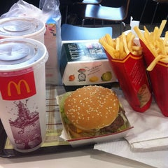 Photo taken at McDonald's by Ahmad F. on 7/28/2012