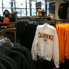 Photo taken at The Student Store by Abhinav G. on 3/27/2012