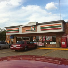Photo taken at 7-Eleven by Ferman T. on 6/21/2012