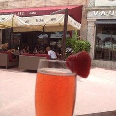 Photo taken at Balans Restaurant & Bar by Corinne on 7/15/2012