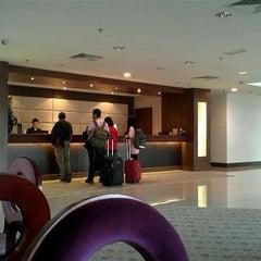 Photo taken at Gaya Centre Hotel by Téré B. on 3/29/2012