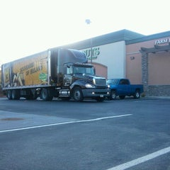Photo taken at Sprouts Farmers Market by Michelle G. on 2/9/2012