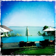 Photo taken at Sea Breeze @ Koh Mak by Kristiina R. on 12/3/2011