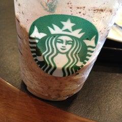 Photo taken at Starbucks (สตาร์บัคส์) by 🎀 Wiraporn J. on 5/7/2012