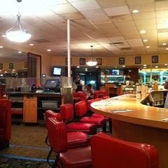 Photo taken at Du-par's Restaurant & Bakery by Ajay J. on 3/17/2012