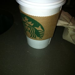 Photo taken at Starbucks by Mike Ambassador B. on 1/21/2012