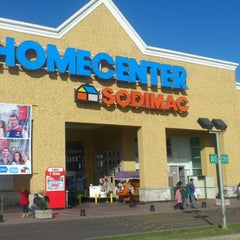 Photo taken at Homecenter Sodimac by Manuel P. on 8/2/2012