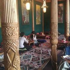 Photo taken at Tadshikische Teestube by Marjolein v. on 9/15/2011