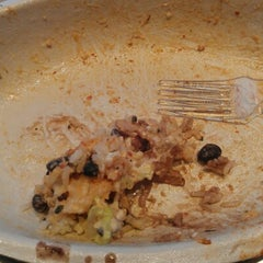 Photo taken at Chipotle Mexican Grill by Melinda K. on 9/7/2012