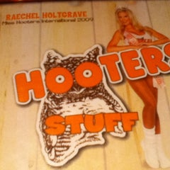 Photo taken at Hooters by Vladimir R. on 11/23/2011