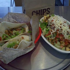 Photo taken at Chipotle Mexican Grill by Caley C. on 10/13/2011