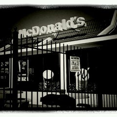 Photo taken at McDonald's by Stephen F. on 8/28/2011