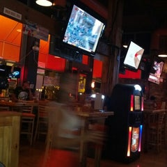 Photo taken at Hooters of Gaslamp by Jay P. on 8/5/2012