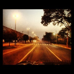 Photo taken at Avenida Zaki Narchi by Sergio A. on 9/1/2012