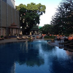 Photo taken at The Bayview Hotel Pattaya by Thawut K. on 2/13/2012