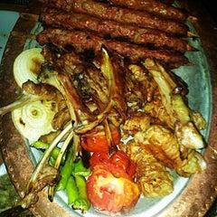 Photo taken at Altınkuş Et Pişirici by 👑💖BURCU💖👑 on 9/3/2012