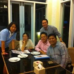 Photo taken at Country Kitchen (คันทรี่ คิทเช่น) by Suriya S. on 7/10/2012
