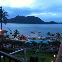 Photo taken at Aiyapura Resort & Spa by Thee T. on 6/19/2012